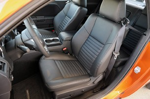 2011 Dodge Challenger SE V6 front seats