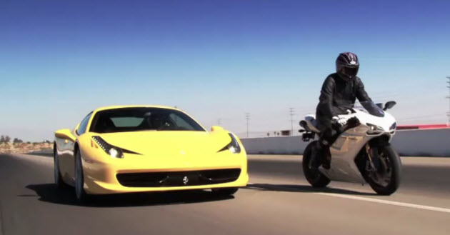 Ferrari 458 Italia vs Ducati 1198S
