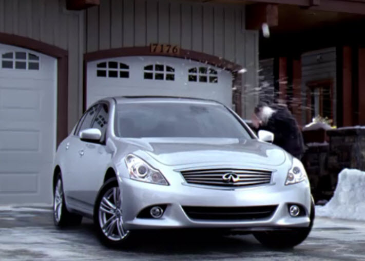 Infiniti Holiday Ad