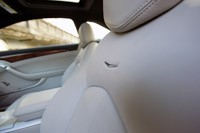 2011 Cadillac CTS Coupe front seats