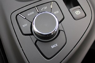 2011 Buick Regal CXL touch screen controls