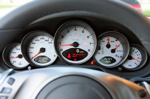 2010 Porsche 911 Carrera S gauges