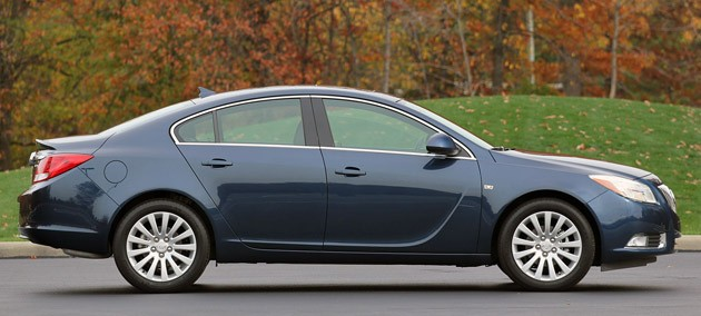 2011 Buick Regal CXL side view