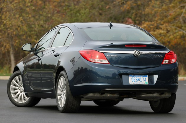 2011 Buick Regal CXL rear 3/4 view
