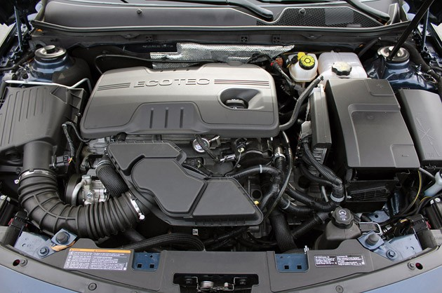 2011 Buick Regal CXL engine