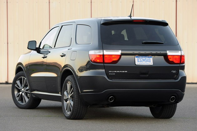 2011 Dodge Durango rear 3/4 view