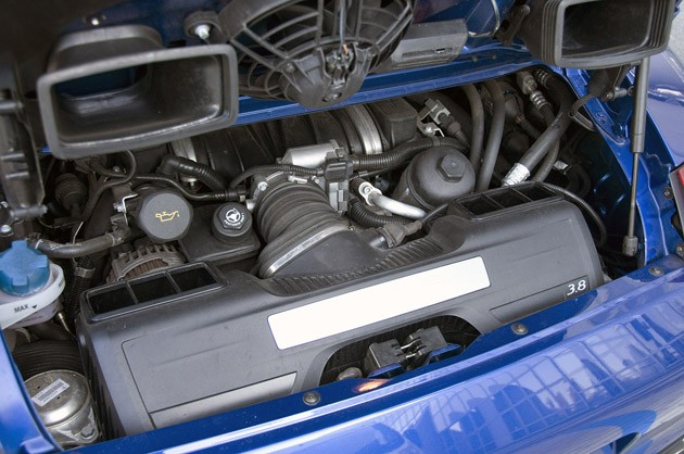 2010 Porsche 911 Carrera S engine