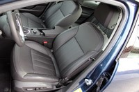2011 Buick Regal CXL front seats