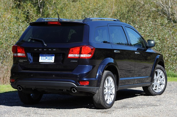2011 Dodge Journey rear 3/4 view