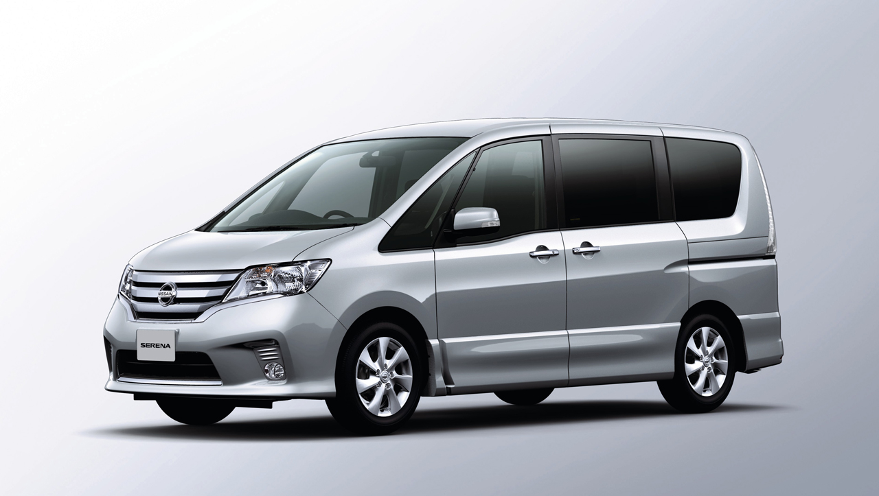 2011 nissan serena photo gallery autoblog. Black Bedroom Furniture Sets. Home Design Ideas