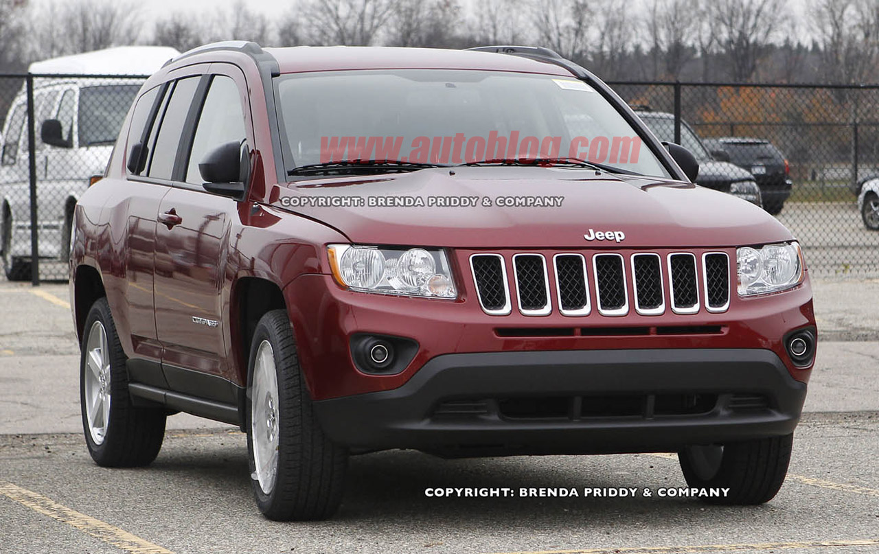 spied spy shots 2011 jeep compass sharpens up. Black Bedroom Furniture Sets. Home Design Ideas