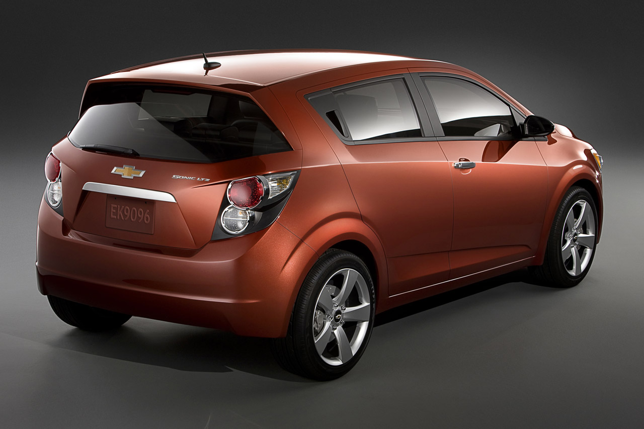 2012 Chevrolet Sonic Photo Gallery Autoblog
