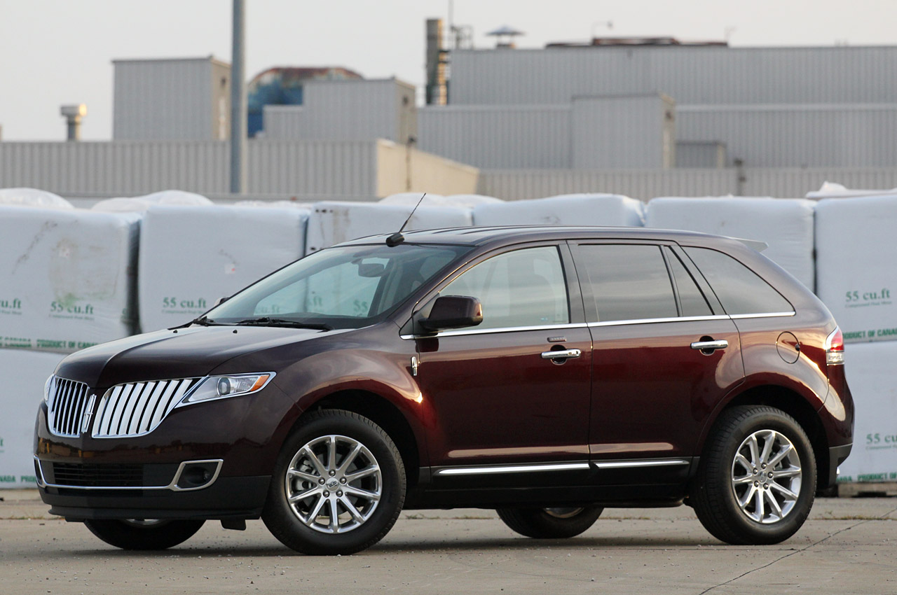lincoln mkx will use tree based fibers in its armrests autoblog. Black Bedroom Furniture Sets. Home Design Ideas
