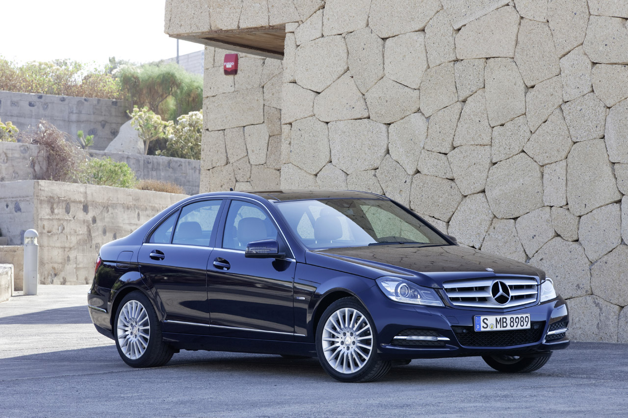 mercedes benz classe c w204 facelift 2010 topic ufficiale. Black Bedroom Furniture Sets. Home Design Ideas