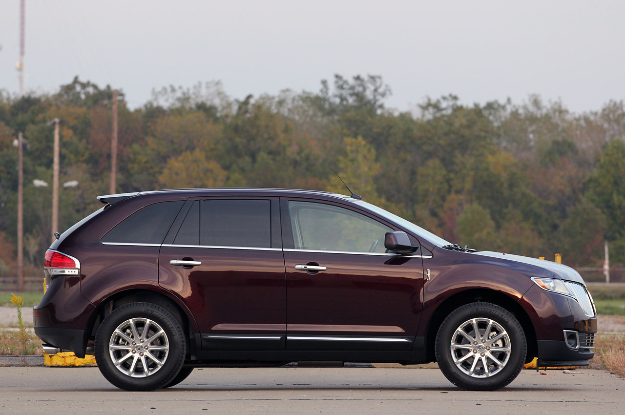 2011 lincoln mkx review photo gallery autoblog. Black Bedroom Furniture Sets. Home Design Ideas