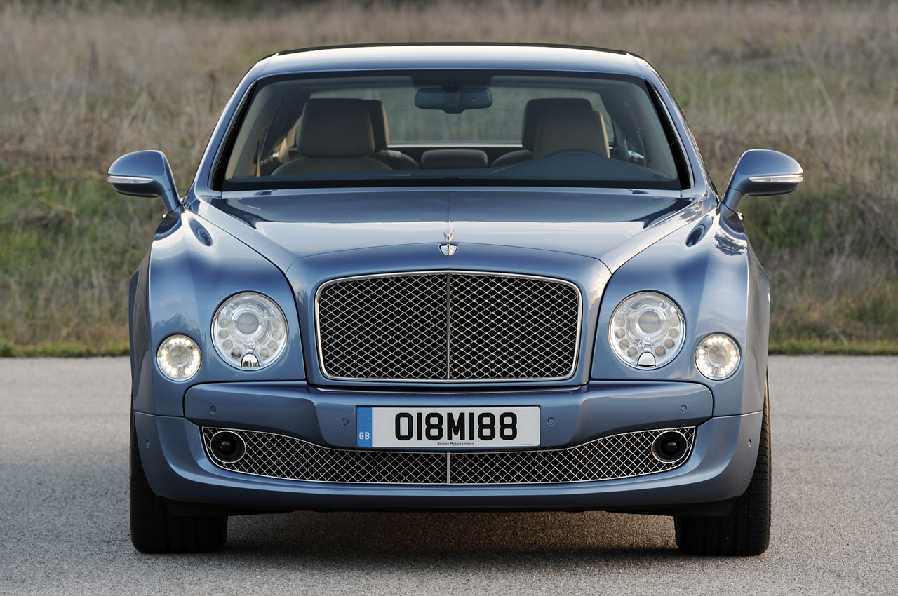 http://www.blogcdn.com/www.autoblog.com/media/2010/12/06-2011-bentley-mulsanne-review.jpg