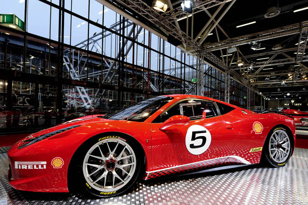 Ferrari 458 Challenge makes its world debut