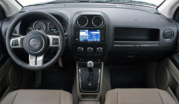 2011 Jeep Compass Limited interior