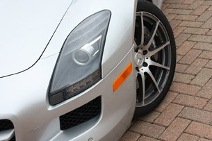 2010 Mercedes-Benz SLS AMG headlight