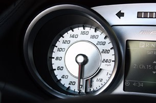 2010 Mercedes-Benz SLS AMG speedometer