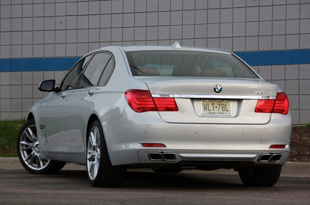 2010 BMW 760Li rear 3/4 view