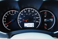 2011 Nissan Quest gauges