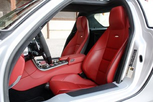 2010 Mercedes-Benz SLS AMG seats