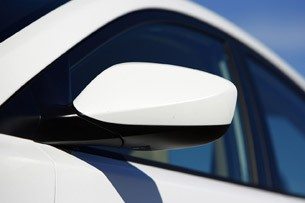 2011 Hyundai Elantra side mirror