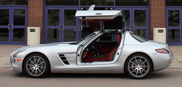 2010 Mercedes-Benz SLS AMG side view