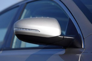 2011 Kia Optima 2.0T side mirror