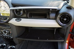 2011 Mini Cooper glove box