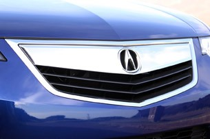 2011 Acura TSX Sport Wagon grille