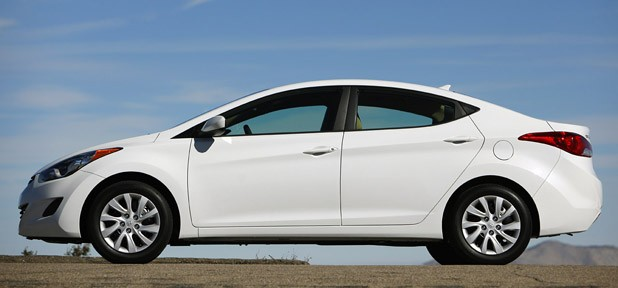 2011 Hyundai Elantra side view