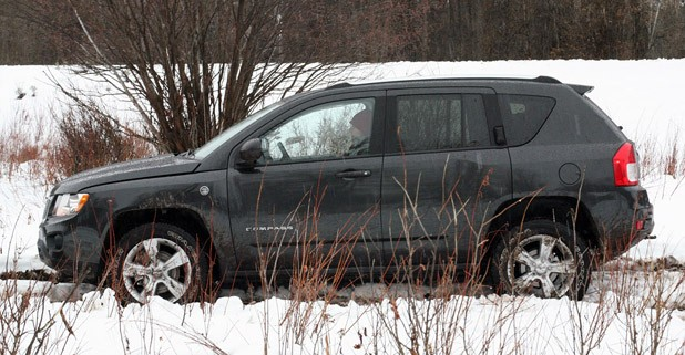 2011 Jeep Compass Limited side view