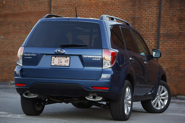2011 Subaru Forester rear 3/4 view
