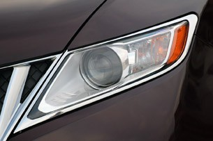 2011 Lincoln MKX headlight
