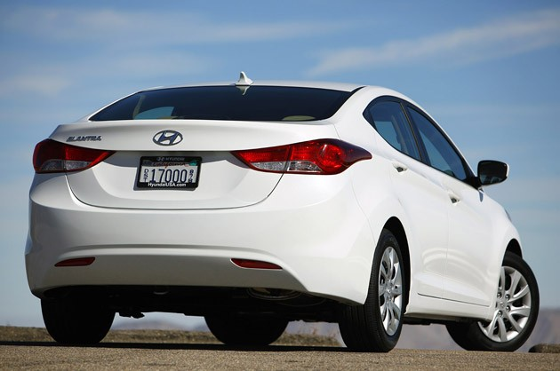 2011 Hyundai Elantra rear 3/4 view