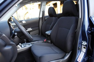2011 Subaru Forester front seats