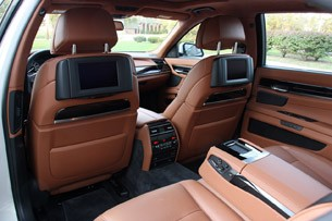 2010 BMW 760Li rear seats