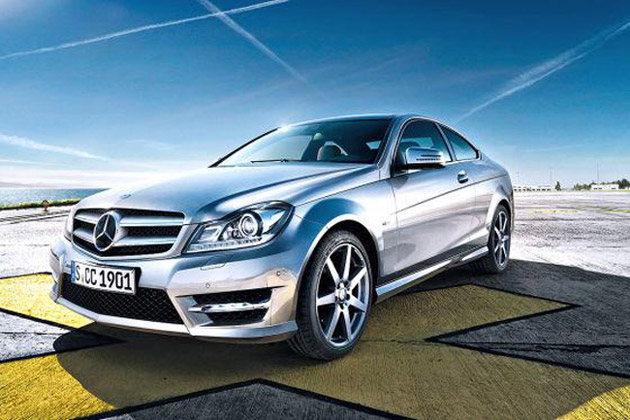 2012 Mercedes-Benz C-Class coupe leaked photo