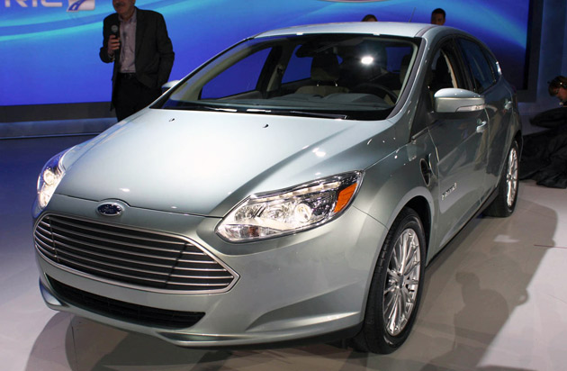 http://www.blogcdn.com/www.autoblog.com/media/2011/01/01-ford-focus-electric-ces-live-1294411049.jpg