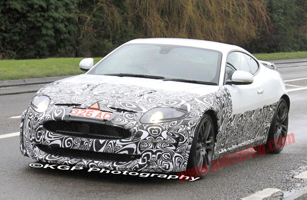 Jaguar XK spy shots