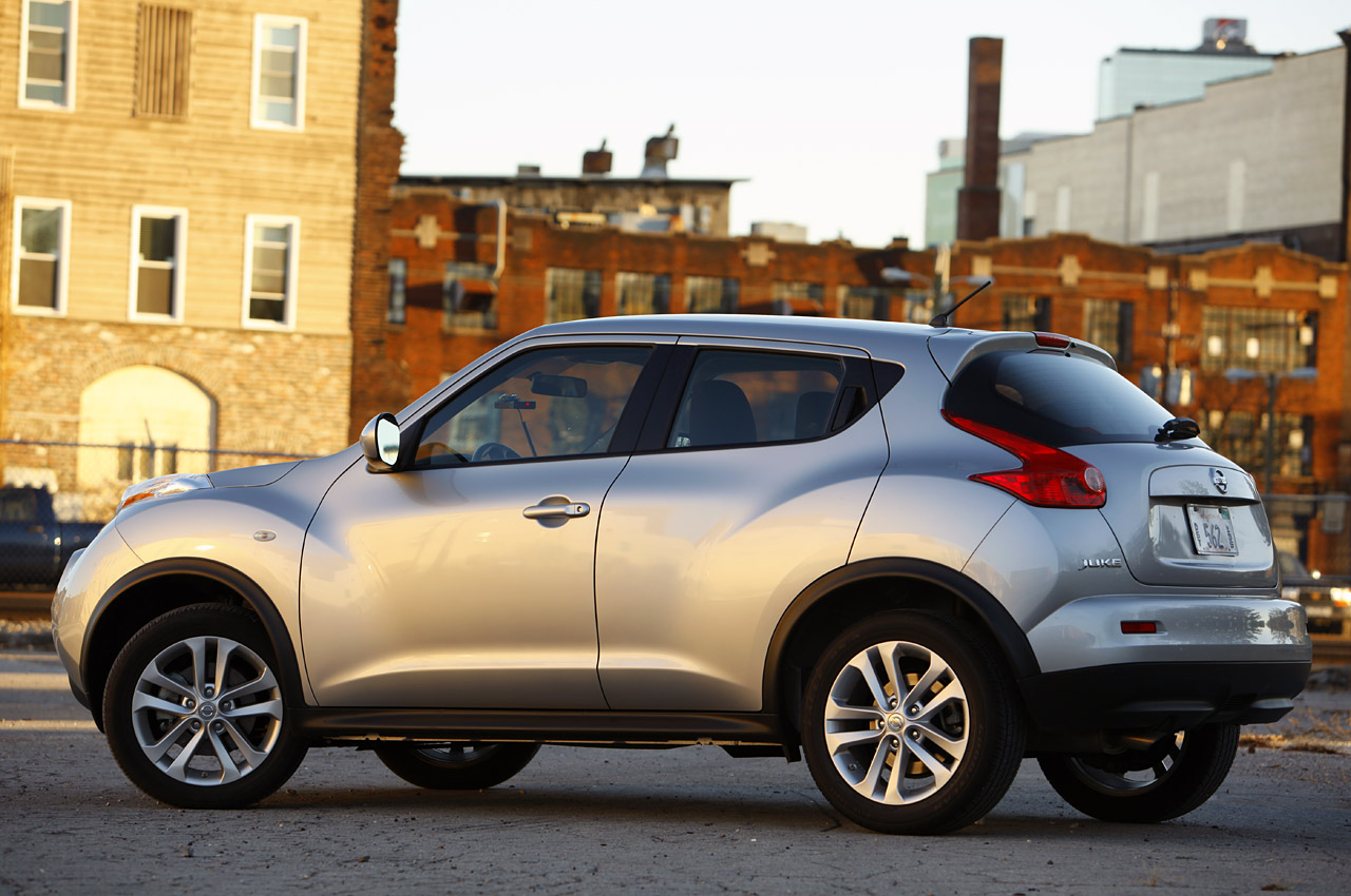 quarter gear top car front juke review nissan reviews