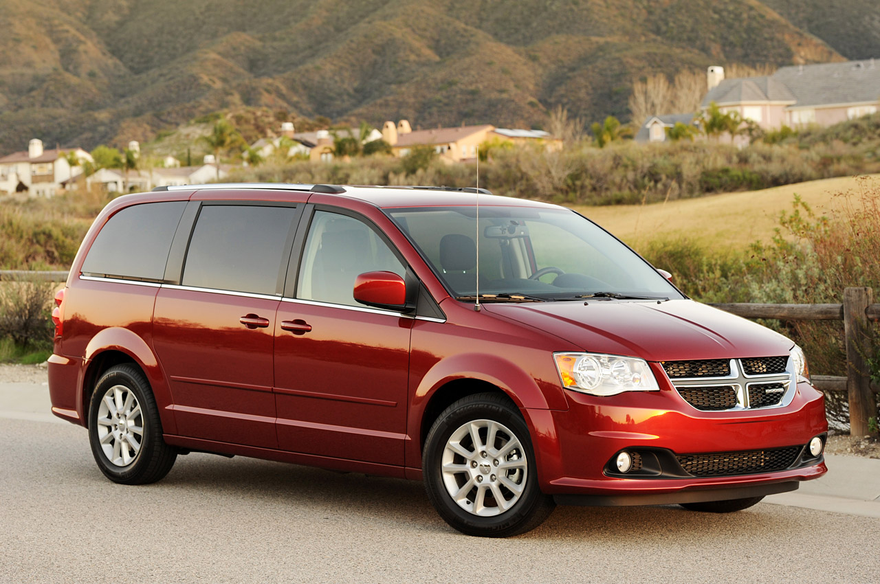 review 2011 dodge grand caravan photo gallery autoblog. Black Bedroom Furniture Sets. Home Design Ideas