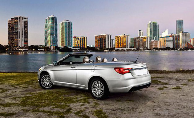 chrysler 200 convertible photographer miffed at leak goes. Black Bedroom Furniture Sets. Home Design Ideas