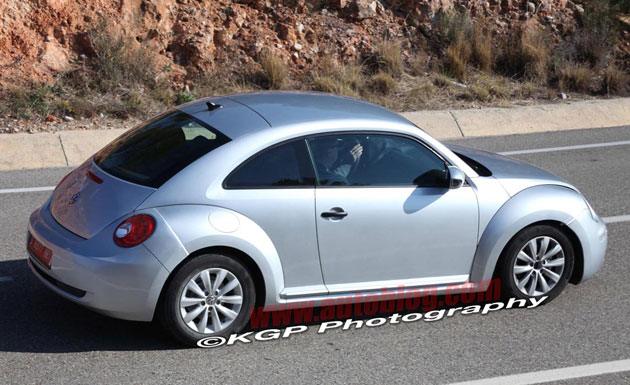 2012 Volkswagen New Beetle: Spy Shot