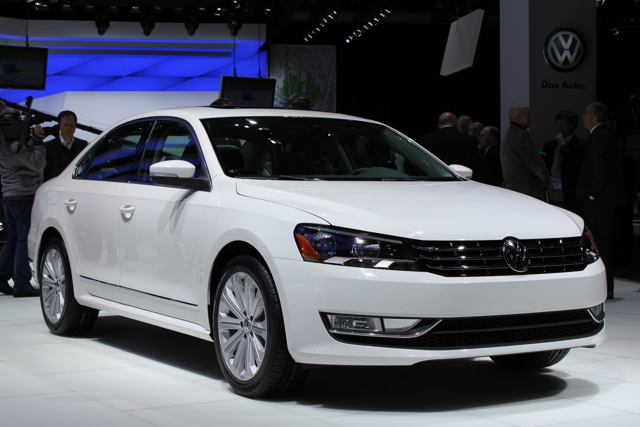 Acura Certified Pre Owned >> 2012 Volkswagen Passat: Detroit 2011 Photo Gallery - Autoblog