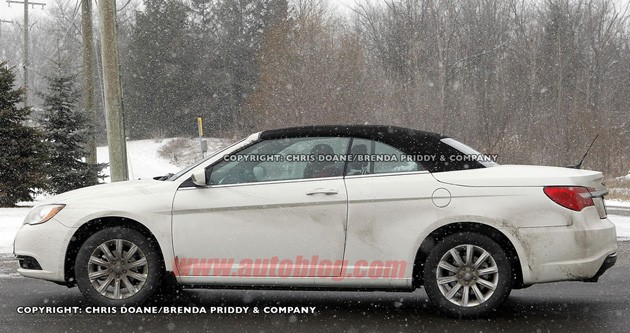 Spy Shot of the 2012 Chrysler 200 Convertible