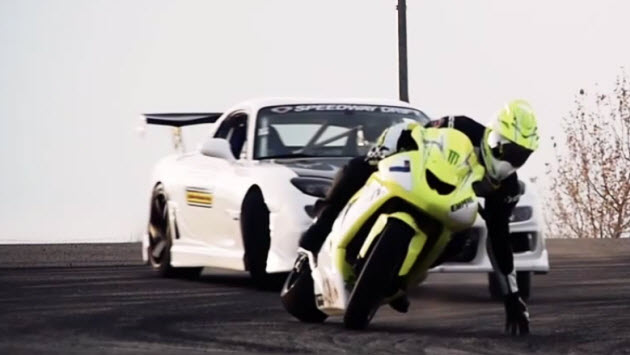 Drifting Mazda RX-7 and a drifting Kawasaki ZX10