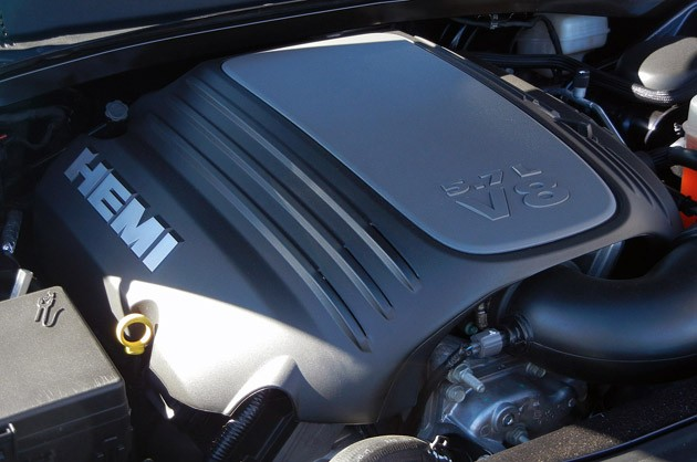 2011 Chrysler 300 engine